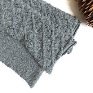 Inhabit 100% cashmere cable knit scarf